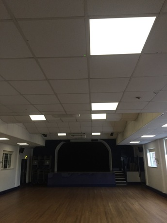 Performance hall with dimmed LEDs